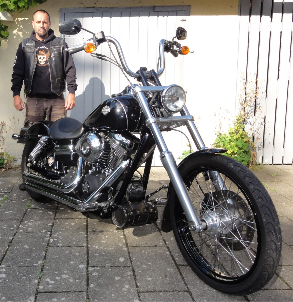 Picture of Chromes Wide Glide